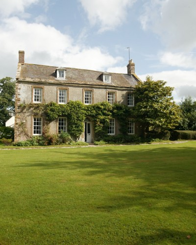 London and Country Houses, Farms & Estates